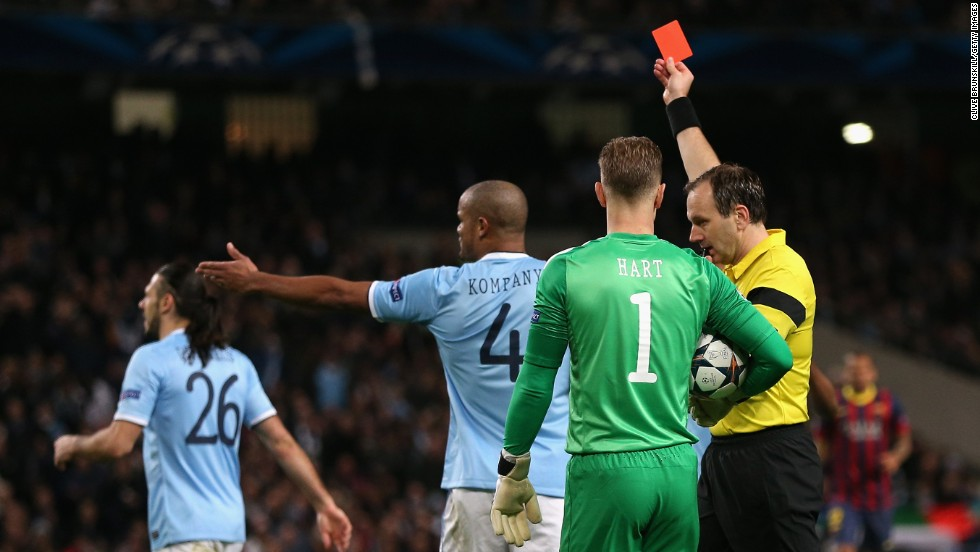 Barcelona heads into its Champions League last-16 second leg against Manchester City with a 2-0 advantage, as Martin Demichelis' red card proved a turning point during the first leg at the Etihad Stadium.