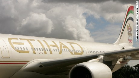 The first flight from Etihad Airways, the national airline of the United Arab Emirates, arrives in Sydney and marks the opening of the airline's new non-stop route between Abu Dhabi and Sydney, at Sydney airport on March 27, 2007 in Australia. The airline launched its three flights a week A340-500 aircraft route, which will increase to a daily service from June 29. (Photo by Patrick Riviere/Getty Images)