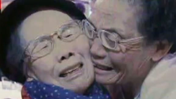 lok hancocks korea family reunions_00020608.jpg