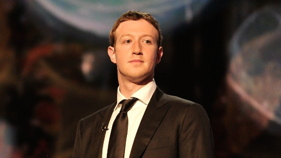 Facebook chief Mark Zuckerberg was set on the path to success by a chance meeting with former Washington Post Company Chairman Don Graham in 2005. They developed a close bond that has endured to the present, with Graham now serving as a company director.