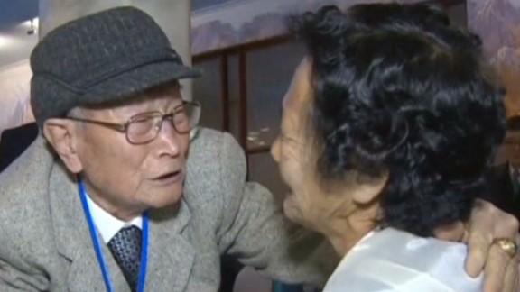 pkg north korea south korea reunions hancocks_00002119.jpg