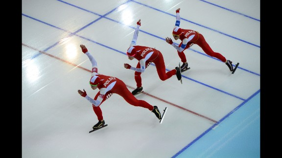 From left, Polish speedskaters Natalia Czerwonka, Katarzyna Bachleda-Curus and Luiza Zlotkowska compete in the women