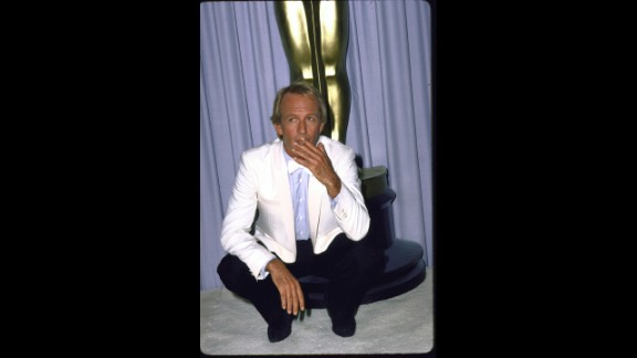 "In 1987, ""Crocodile Dundee"" star Paul Hogan co-hosted the show along with Chevy Chase and Goldie Hawn. Even Hogan has said the experience felt like ""a surreal moment."""