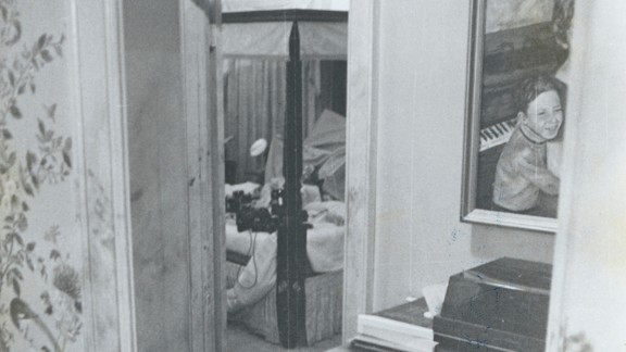 Elmore's team says this photo of the bed where Edwards was raped supports the claim that pubic hairs were never there. They said investigators would not place equipment on the bed, and they would have taken evidence pictures.