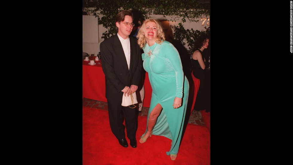 Some fabrics just aren't Oscar-friendly, and velvet is one of them, as Anna Nicole Smith learned after she arrived in this aquamarine number in 1996.