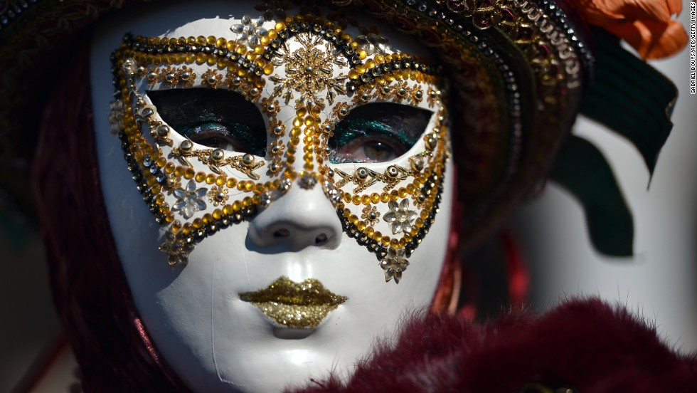fake Masks ile ilgili görsel sonucu