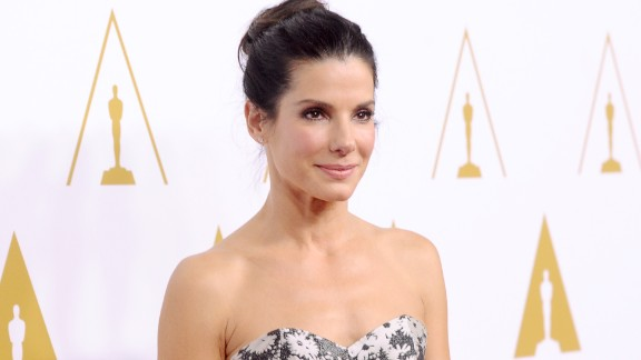 Sandra Bullock was born in Virginia but raised in Germany, the homeland of her opera-singer mother. She's fluent in German, as can be seen here.