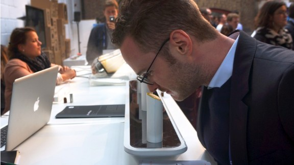 Visitors to the Wired Conference in October 2013 had the opportunity to try out the oPhone, which can currently create over 350 different aromas.