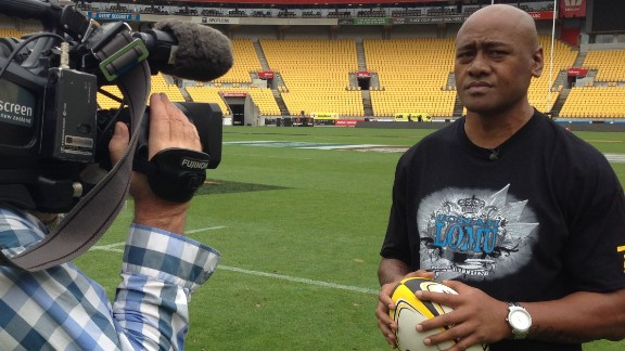 Lomu, who played in Wellington at the end of his domestic career, also presented the February edition of CNN