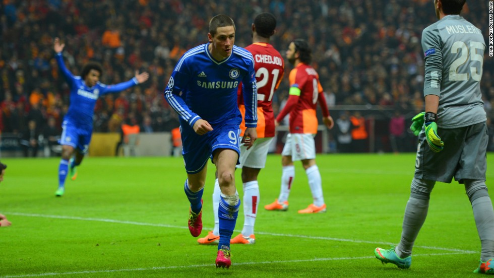 Chelsea fared better, securing a 1-1 draw at Galatasaray. Fernando Torres' opener ensured the London club was the only English side not to lose its first leg. Elsewhere, Atletico Madrid won 1-0 at AC Milan, while Borussia Dortmund triumphed 4-2 against Zenit St. Petersburg in Russia.