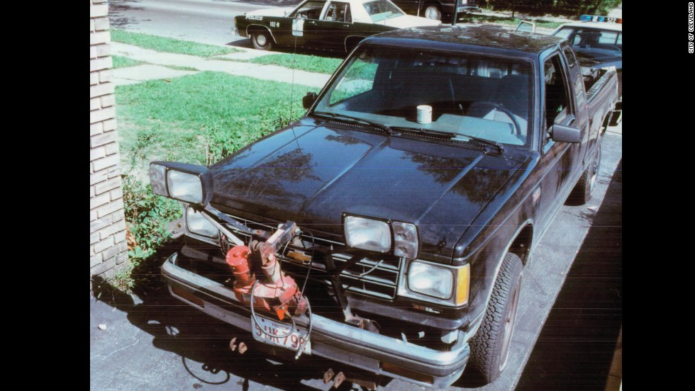 "Espinoza testified that he, D'Ambrosio and a man named Michael Keenan forced Klann into their pickup truck the night of September 23, 1988. <a href=""http://i2.cdn.turner.com/cnn/2014/images/03/18/espinoza.police.statment_9.26.88.pdf"" target=""_blank"">Espinoza testified</a> that they ordered Klann to help them find a man named Paul ""Stoney' Lewis who had allegedly stolen drugs from them. <a href=""http://i2.cdn.turner.com/cnn/2014/images/03/18/espinoza.police.statment_9.26.88.pdf"" target=""_blank"">According to court documents</a>, Espinoza testified the trio grew frustrated with Klann when they failed to track Lewis down."