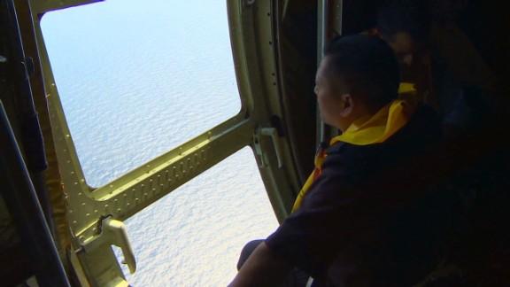 pkg mohsin malaysia search rescue efforts_00021615.jpg