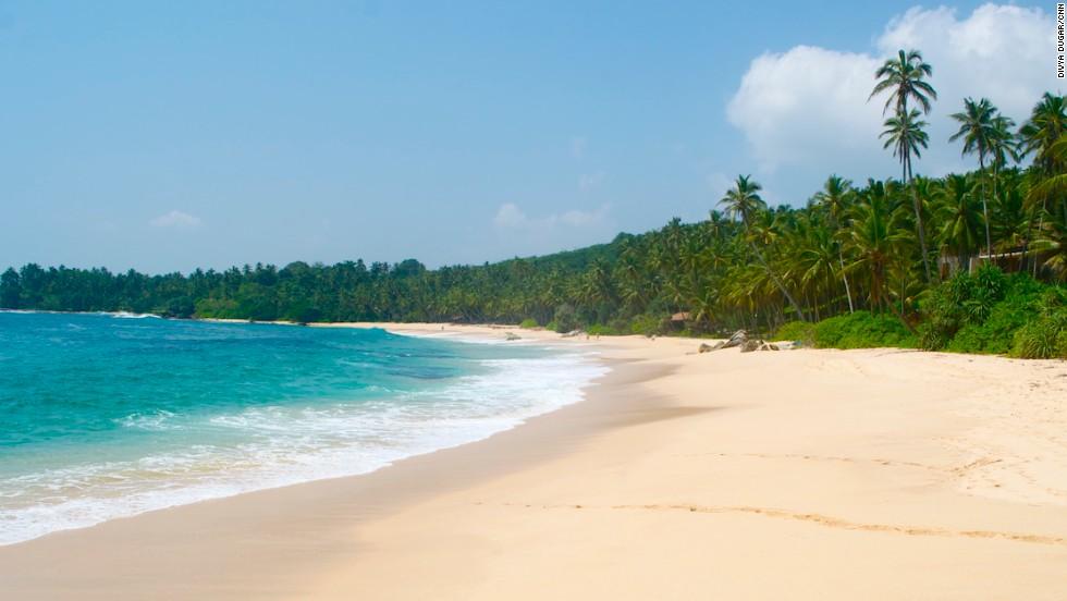 5 Best Ways To Enjoy Sri Lanka From Rails Beach Hopping Cnn Travel