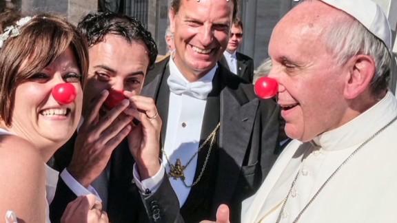 erin pkg moos pope francis irresistible moments_00004612.jpg