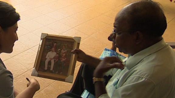shubert.malaysia.father.fears_00001917.jpg