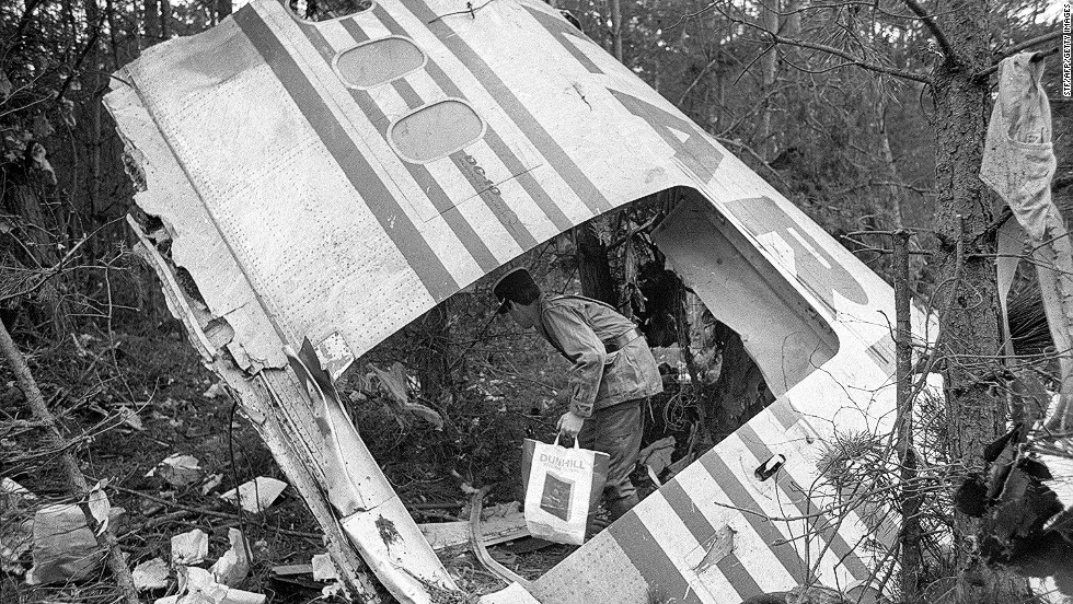 A Cargo Door Blew Off Turkish Airlines Flight 981 Outside Paris In 1974  While The Plane