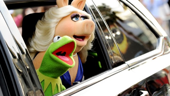 "Longtime loves Kermit the Frog and Miss Piggy announced August 4 that they had ""made the difficult decision to terminate our romantic relationship."" If this crazy couple can't make it work, what hope is there?"
