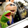 01 miss piggy and kermit