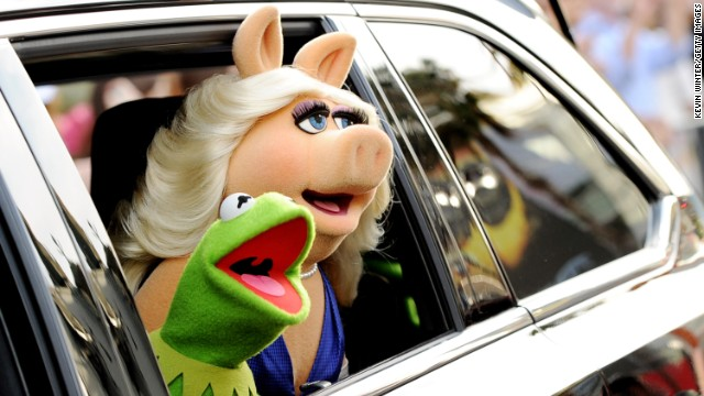 Kermit the Frog, Miss Piggy announce split - CNN