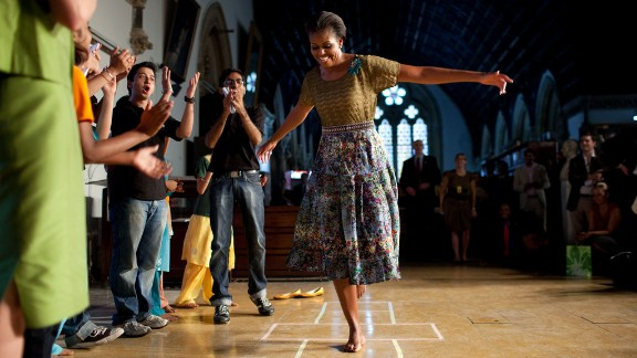 Mrs. Obama traveled to India with the President in 2010.  The trip included a visit to the University of Mumbai, the Diwali Candle Lighting Celebration, and dinner with Prime Minister Singh Rashtrapati Bhavan.