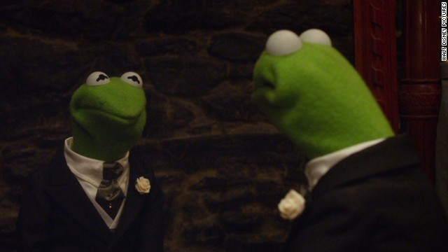 sot muppets most wanted mirror clip _00003206.jpg