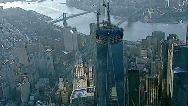 Teen trespasser reaches roof of 1 WTC