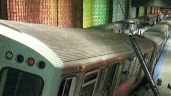 mxp vo chicago train derailment _00000905.jpg