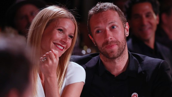 """After a year of  """"<a href=""""http://www.goop.com/journal/be/conscious-uncoupling"""" target=""""_blank"""" target=""""_blank"""">Conscious Uncoupling</a>,"""" Gwyneth Paltrow made her split wi"""