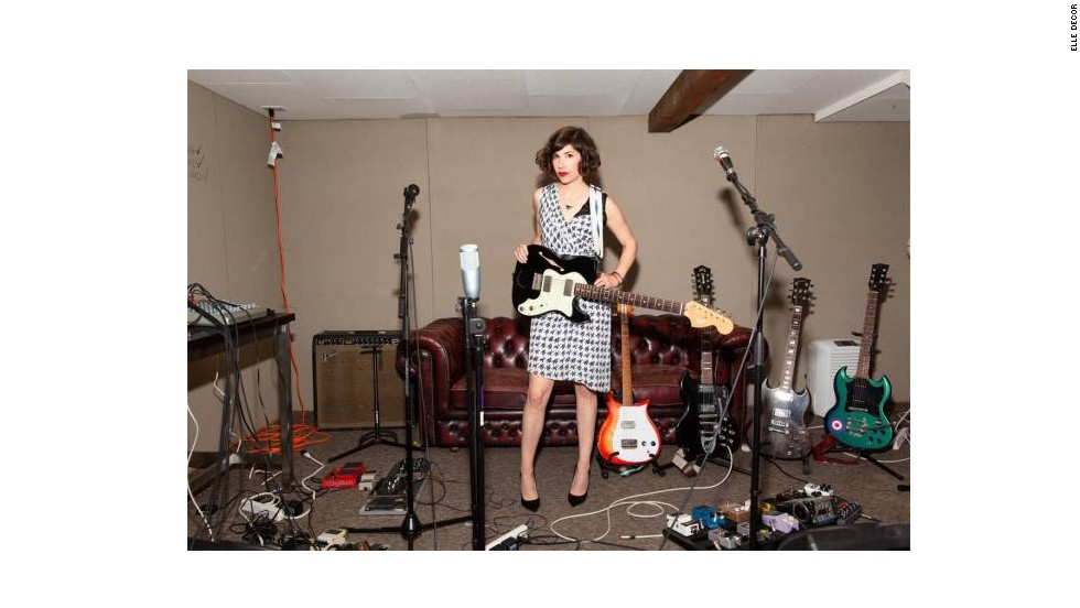 "Punk rocker turned ""Portlandia"" star Carrie Brownstein shows off her Portland bungalow."