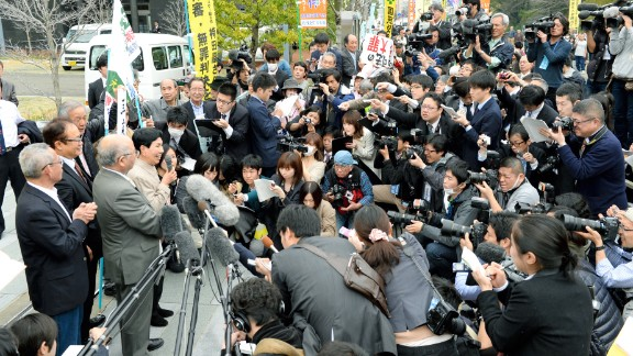 """Hideko Hakamada speaks to reporters on March 27 in Shizuoka. She told the crowd, """"Thank you very much. I am very pleased. I am very thankful with everyone's support,"""" according to the NHK footage."""