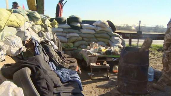 lok penhaul ukraine prepares border_00012702.jpg