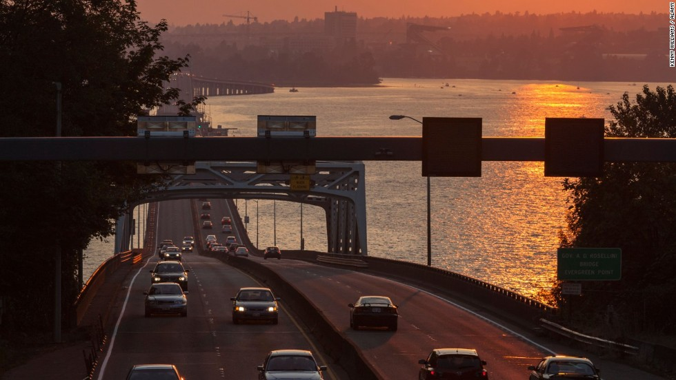 At 7,709 feet long, the Evergreen Point Bridge, which carries traffic across Lake Washington in Seattle, is the world's longest floating bridge -- it relies on more than 70 concrete pontoons.