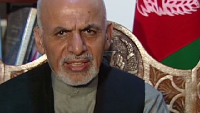 Top Afghan candidate reaches out to U.S.