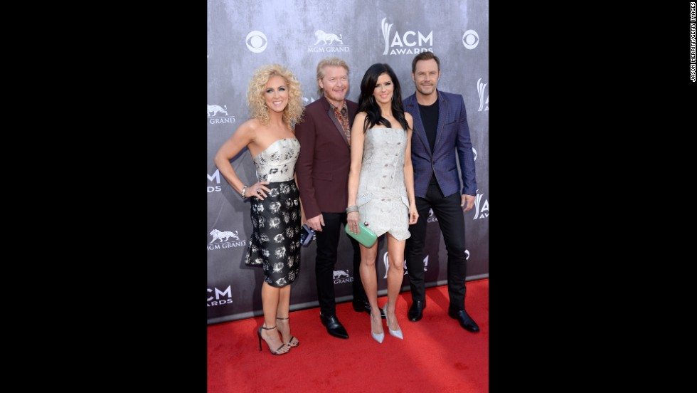 Kimberly Schlapman, Phillip Sweet, Karen Fairchild, and Jimi Westbrook of Little Big Town
