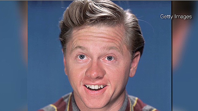 Actor Mickey Rooney dies at 93