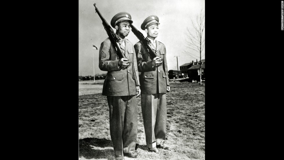 Jackie Wilson and Sugar Ray Robinson, rivals inside the ring, were in the same aviation squadron in the Army.  They are seen here at New York's Mitchel Field in 1943.