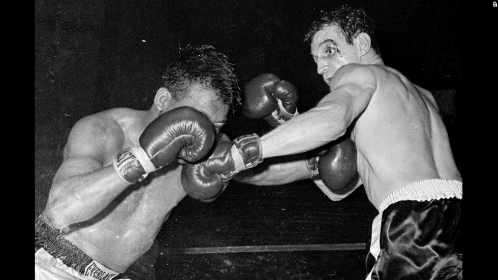 Robinson lost his middleweight title for the last time on January 22, 1960.  Paul Pender defeated Robinson in a 15-round split decision.