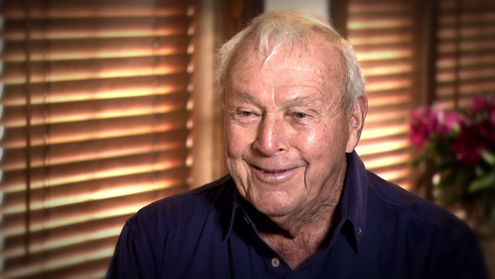 <strong>3:</strong> Arnold Palmer<br /><br /><strong>2015 Earnings:</strong> $40M<br /><br /><strong>Retired: </strong>2006
