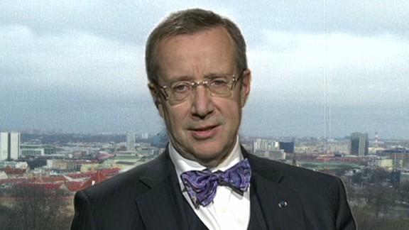 intv amanpour estonia ukraine russia president Toomas Hendrik Ilves physical presence_00001511.jpg