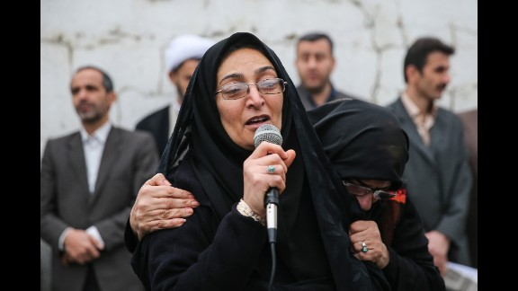 Maryam Hosseinzadeh addresses the crowd after forgiving Balal.