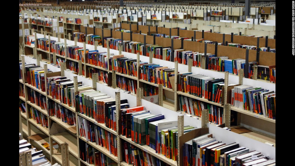Free open textbooks gain footing at some colleges - CNN