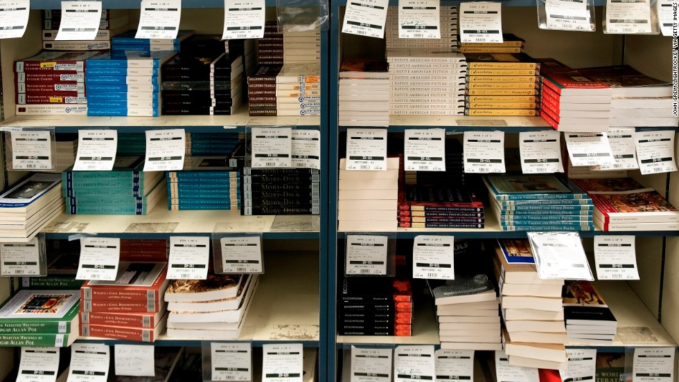Used College Textbooks >> Free Open Textbooks Gain Footing At Some Colleges Cnn
