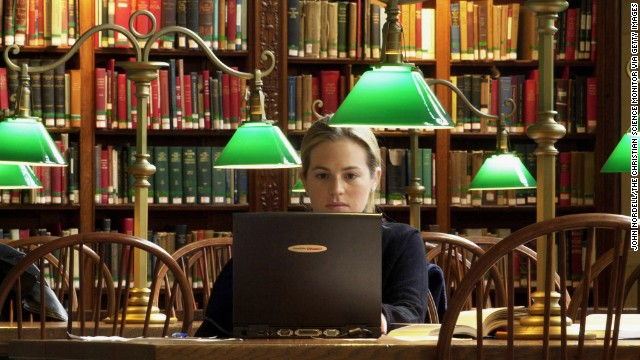 How some colleges are offering free textbooks