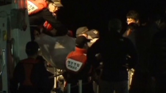 nr south korea ferry bodies_00001005.jpg