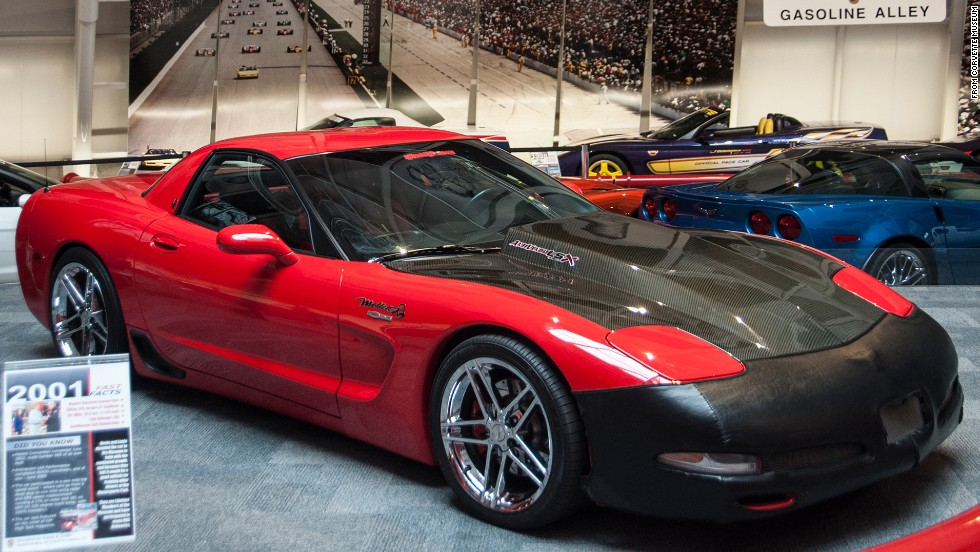 Some Sinkholewrecked Corvettes At Kentucky Museum May Not Get - Cool cars made in 2001