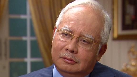 bts wolf quest malaysian prime minister night of flight_00012119.jpg