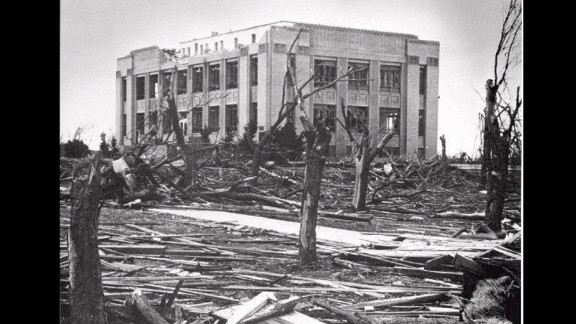 """6. The """"Woodward Tornado"""" wreaked havoc across parts of Texas, Oklahoma and Kansas on April 9, 1947 killing 181 people and injuring 970. The funnel cloud reportedly was more than a mile wide in places."""