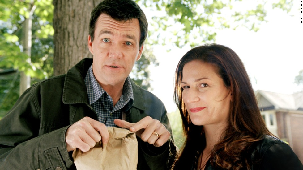 Neil Flynn and  Ana Gasteyer play Cady's zoologist parents.