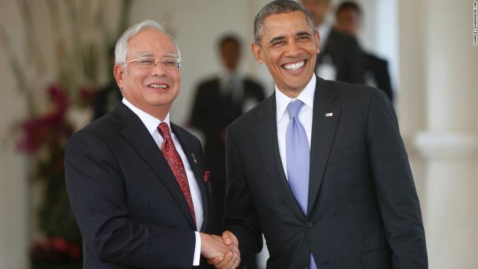 Obama shakes hands with Malaysian Prime Minister Najib Razak as he arrives at Najib's residence in Kuala Lumpur, Malaysia, on Sunday, April 27.