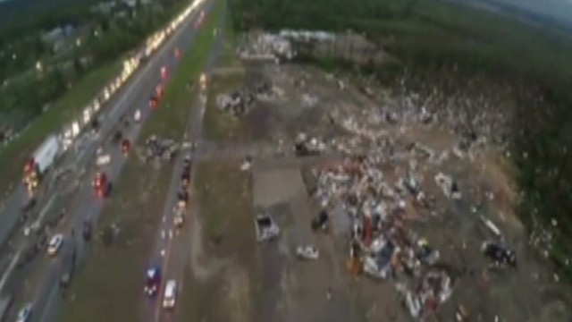 Tornado rips through Arkansas